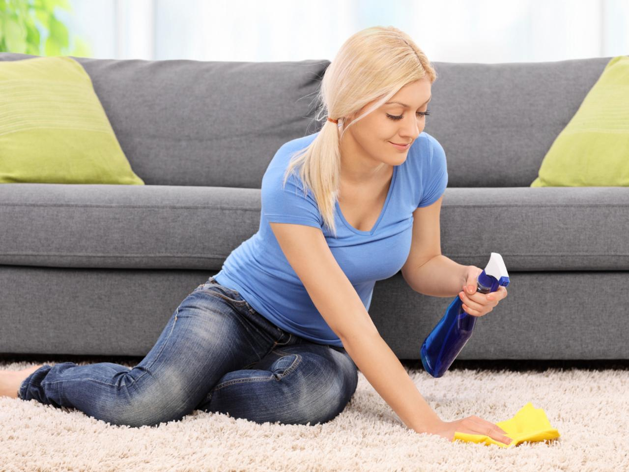 How to Clean Carpet Yourself